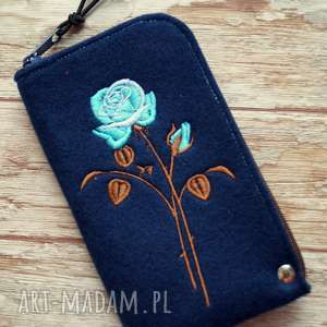 Prezent Filcowe etui na telefon - róża, smartfon, pokrowiec, prezent, różyczka, modne