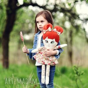 Prezent Lalka sszmacianka Irenka (opis pudełko), lalka-szmacianka, lalka-handmade