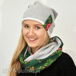 czapka dresowa, szara z zieloną folkową wstawką, folk, dres etno ciepła