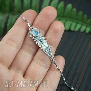 ręcznie wykonane bransoletka liść paproci z kamieniem księzycowym