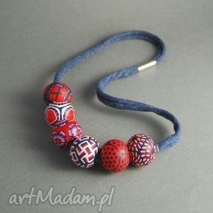 granat w czerwieni - fimo, modelina, granatowy, czerwony, korale, serce