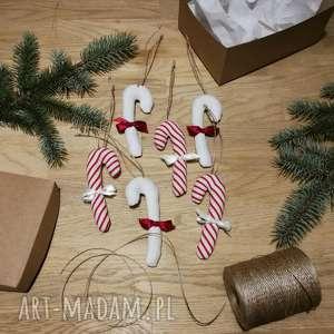 zawieszki bombki laseczki zapetlona nitka - świąteczne ozdoby