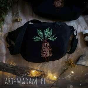 nerka mini mandragora, mała czarna torebka, z haftem, harry potter