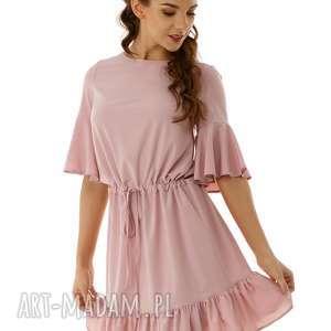 luźna sukienka z wiązaniem i falbaną pudrowy różowy, elegancka sukienka, koktajlowa