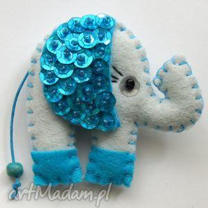 handmade broszki słonik na szczęście