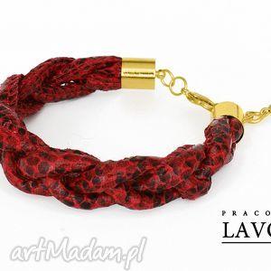 hand-made bransoletki wiśniowy warkocz z motywem węża.
