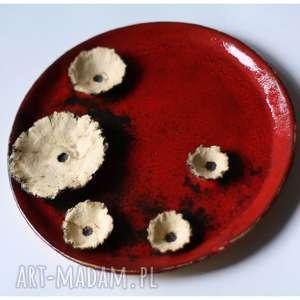 Talerz karminowy z makami, ceramika, talerz, mak