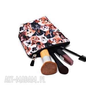 handmade kosmetyczki kosmetyczka pieski, saszetka psy wodoodporna z pieskami, mała