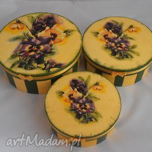 pudełka komplet 3 pudełek z motywem bratków, pudełko, decoupage, kwiaty, prezent