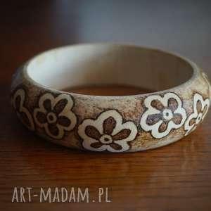 kwietny wianek - ręcznie wypalana drewniana bransoleta - minimalizm