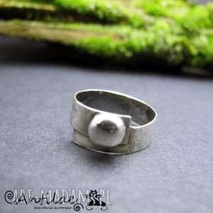 Plokste - srebro, srebro oksydowane antilae pierścionek,