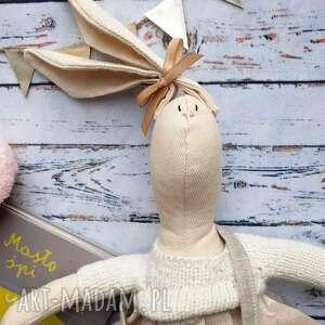 pan królik z wyszytym imieniem, prezent, chrzciny, chrzest, lala, urodziny