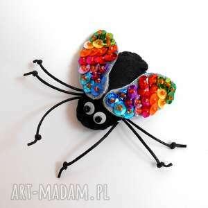 cekinowa muszka broszka z filcu, filc, mucha, broszka, biżuteria, dziecko, kobieta