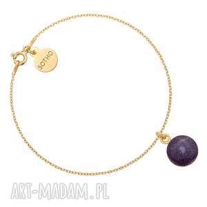 złota bransoletka z fioletową żywicą - okrągła