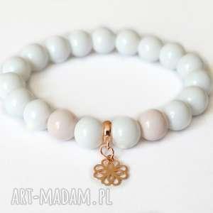 bransoleta white beads real rose gold rosette, rose, gold, złoto, zawieszka, rozeta