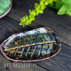 ceramiczna mydelniczka, talerzyk na mydło, podstawek drobiazgi - liść brązowy
