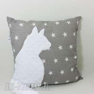 poduszka z kotem i ogonem 3d biały kot w szarych gwiazdach, poduszka-z-kotem