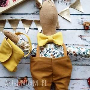 peppofactory pan królik z plecaczkiem, prezent, chrzciny, przytulanka, naturalna