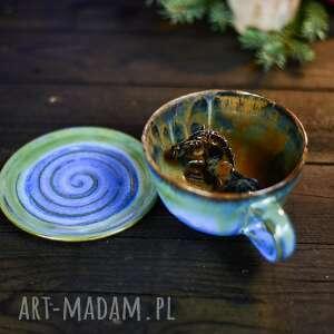 ceramiczna filiżanka z figurką konia - niebiesko zielona - na prezent