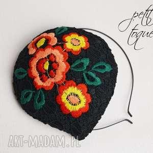 PETIT TOQUE FLEUR, fascynator, kwiat, koronka, bizuu, toczek, retro