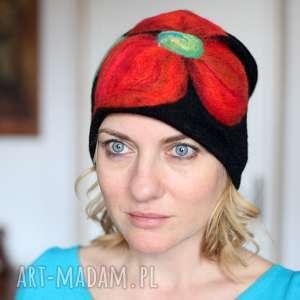 czapka wełniana damska czarna, czapka, etno, wełna, zima, prezent, mama czapki