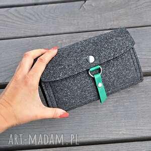 portfel z filcu - grafitowy zielonym wnętrzem, portfel, filcowy, filc