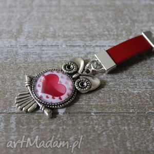 Czerwony brelok sowa z sercem, sowa, serce, serduszko, breloczek, skóra, skórzany