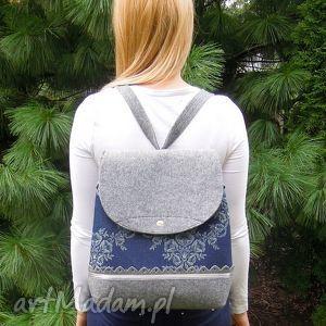 hand-made plecak z filcu jeansem w kwiaty