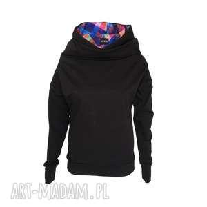 Bluza z kominem i kapturem czarna mozaiką, dzianinowa-bluza, bluza-z-kapturem