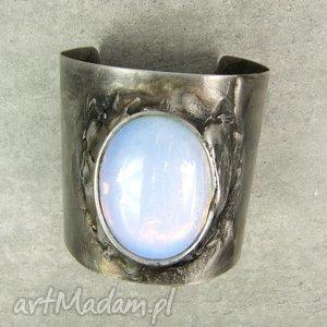 bransoleta opal, metaloplastyka, cyna, kamień, bransoleta, etno, prezent na