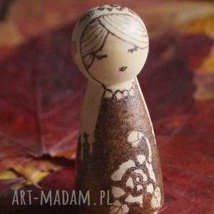 hand-made lalki różany skorpion - ręcznie wypalana drewniana laleczka