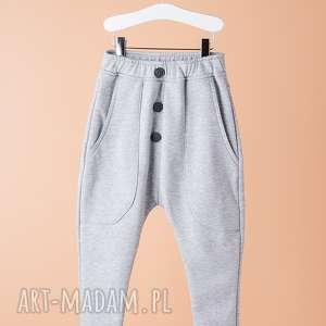 Spodnie CHSP08M, modne, wygodne, guziki, sportowe