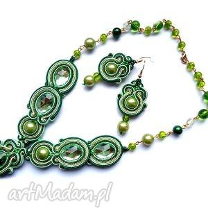kolczyki i naszyjnik w zieleni mięcie złocie z kryształkami perełkami woskowanymi