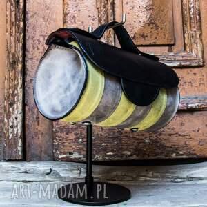 torebka skórzana od polskich projektantów mała z paskiem