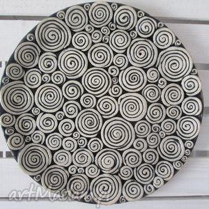 handmade ceramika patera w ślimaczki