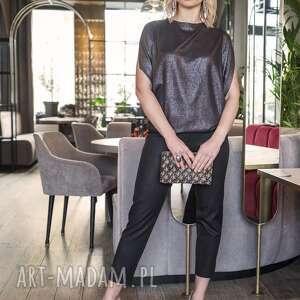 bluzka z odkrytymi ramionami, blu102 czarna połyskiem, elegancka, sylwestrowa