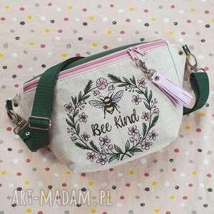 nerka xxl pszczółka, nerka, len, haft, pastelowa, kwiaty, vintage nerki