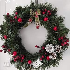 handmade pomysł na świąteczny prezent wianek