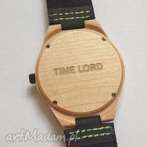 Usługa grawerowania na odwrocie koperty zegarka zegarki ekocraft