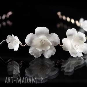 Opaska z jedwabnymi kwiatami ozdoby do włosów selenit swarovski