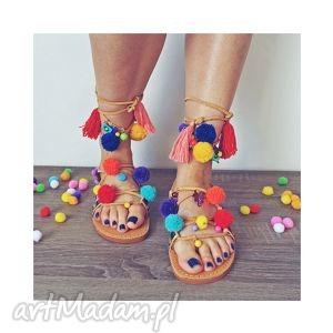 ręczne wykonanie buty 36 - kolorowe rzymianki z pomponami w stylu boho