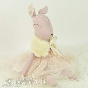 Sarenka w tiulowej sukience, sarenka, przytulanka, bambi, lalka, szmacianka, tiulowa