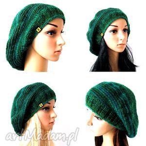 beret w zieleniach, beret, czapka, beretoczapka, ciepły, cieniowany