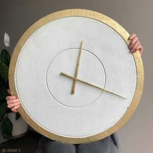 Duży betonowy zegar ścienny złoty biały handmade nowoczesny