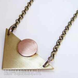 handmade naszyjniki trójkąt z kółkiem