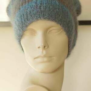 alpakowa czapka niebieska, czapka, alpakowa, wełniana, dziergana, paski, lekka