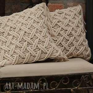 dekoracyjna beżowa poduszka lniana z ozdobną makramą, poduszka, ozdobna, makrama