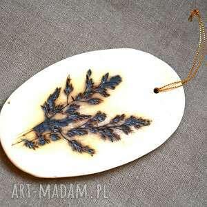 święta, ceramika wisior ceramiczny, wisior, dekor, kafelka, kwiat