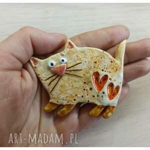 broszka kot, ceramika