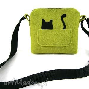 na ramię mini bag with cat, torebka, listonoszka, oliwka, kotek, filc, wyjątkowy